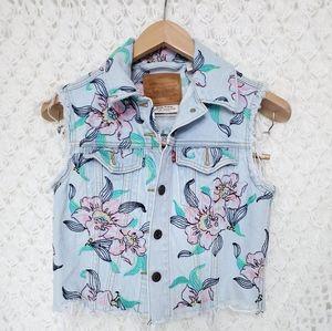 Levi's Jackets & Coats - Levis Floral Embroidered Denim Vest